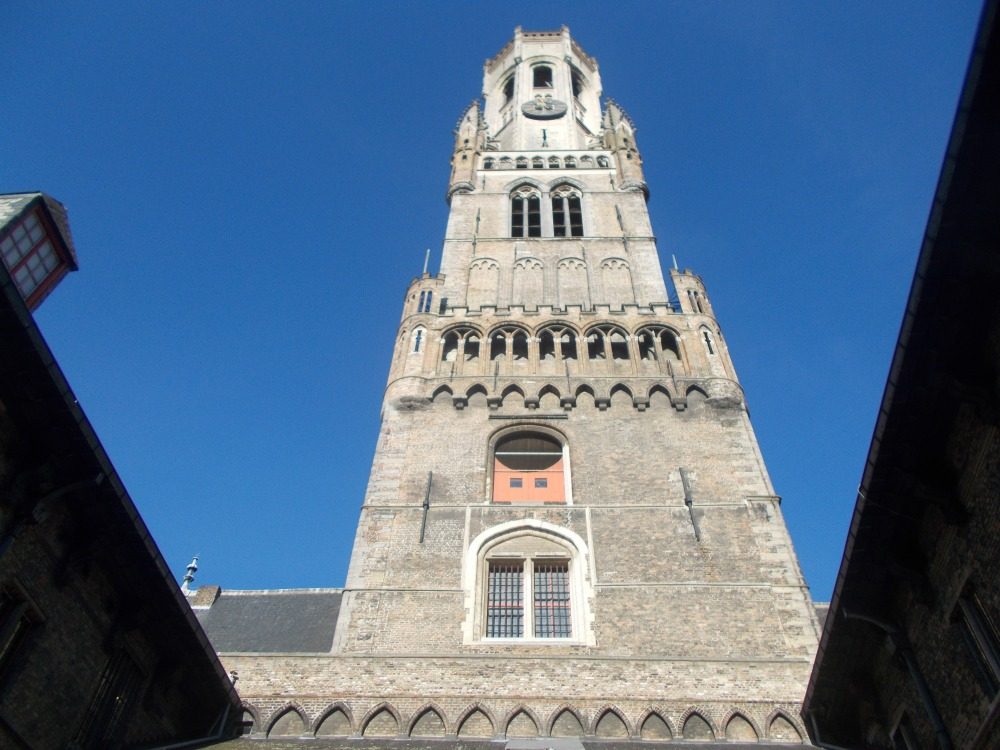 Bruges (Brugge), which has no witches, and Ghent. (5/6)