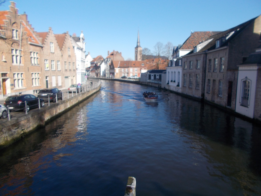 Bruges (Brugge), which has no witches, and Ghent. (3/6)